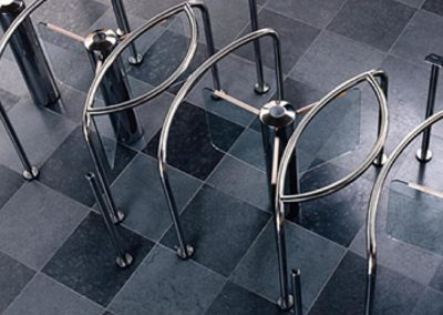 Security-access-tripod-turnstiles-transpalock-900-03